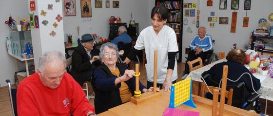 Radna terapija u domu za starije osobe